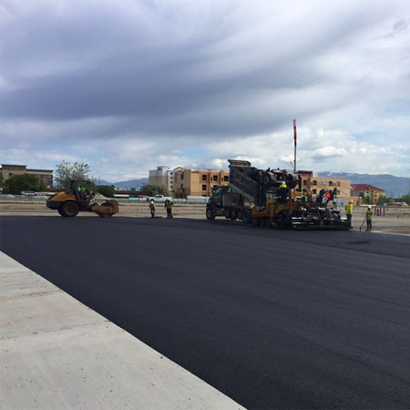 asphalt-equipment-workers